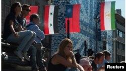 原来悬挂伦敦街头的台湾青天白日国旗现在已被撤下