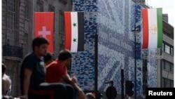 原懸掛倫敦街頭的台灣青天白日國旗7月25日被撤後留空時攝