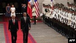 Američki i čileanski predsednici, Barak Obama i Sebastijan Pinjera na početku zvanične posete predsednika SAD Čileu, 21. mart 2011.