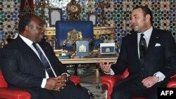 Mohammed VI et Ali Bongo à Marrakech le 27 décembre 2011.