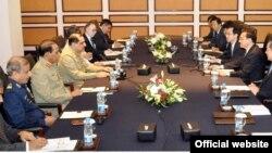 پاکستانی کی عسکری قیادت کی چینی وزیراعظم سے ملاقات