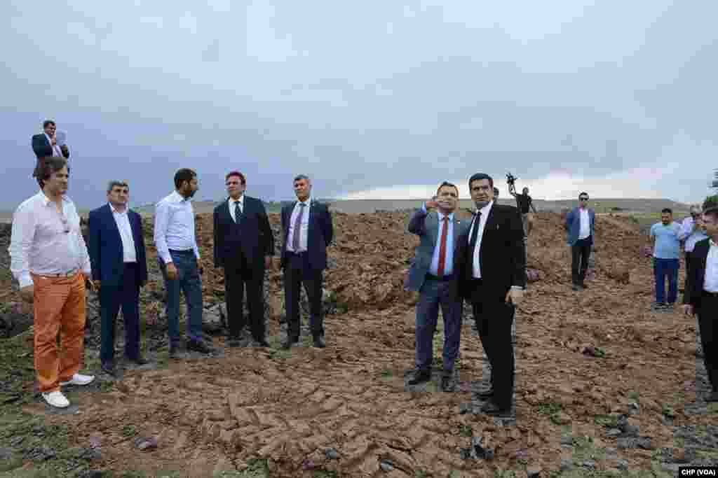 Genel Başkan Yardımcısı Çetin Osman Budak ve milletvekillerinden oluşan CHP heyet