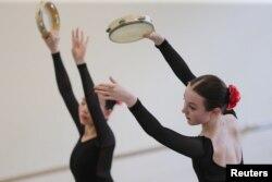Rachel Armstrong prisustvuje časovima Baletske akademe koja djeluje unutar Boljšoj teatra.