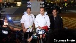 Presiden Jokowi dalam konferensi pers di Alun-Alun Purworejo, Jawa Tengah hari Kamis (29/8). (Foto: Biro Setpres RI)