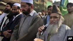 مولانا یوسف قریشی جنہوں نے مسجد مہابت خان پشاور میں خطبہ جمعہ پر آسیہ بی بی کے سر پر پانچ لاکھ روپے کا انعام کا اعلان کیا ہے۔