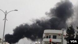 Pasukan Suriah menembaki kota Homs dan sekitarnya dengan tembakan artileri, menewaskan 57 orang.