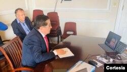 El ministro de salud de Colombia, Fernando Ruiz, dice que enColombia podría haber alrededor de 12.000 personas contagiadas de COVID-19.