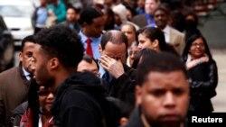 Para pencari kerja AS menghadiri acara bursa lapangan kerja di kota New York (foto: ilustrasi).