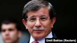 Turkiya Tashqi ishlar vaziri Ahmad Dovuto'g'li