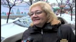 Чверть українців хотіли б паспорти кількох країн