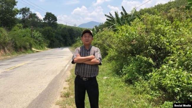 Linh mục Đinh Hữu Thoại, Ảnh: Facebook Tin Mừng cho Người nghèo