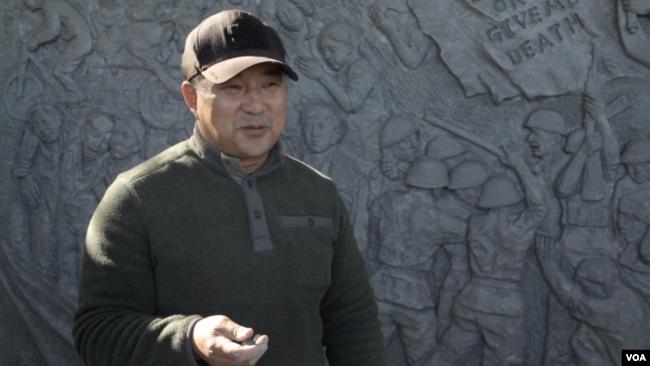 蒙古族雕塑家苏立德