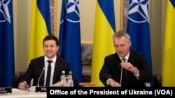 Volodimir Zelenski və Yens Stoltenberq