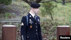 美國陸軍中士鮑貝格達爾的量刑聽證星期一在北卡羅萊納州的布拉格堡進行。