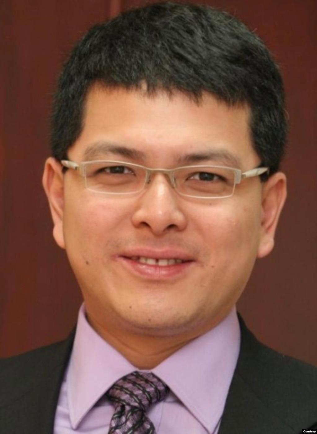 新加坡国际事务研究所高级研究员胡逸山(胡逸山提供)(photo:VOA)