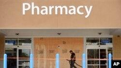 Walmart es la primera tienda minorista que busca sacar provecho del nuevo sistema de salud.