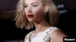 "Jennifer Lawrence di pemutaran perdana film ""The Hunger Games: Mockingjay - Part 2"" di Los Angeles, California, 16 November 2015."