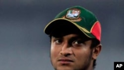 بنگلہ دیش کرکٹ ٹیم کے کپتان کے گھر پر پتھراؤ