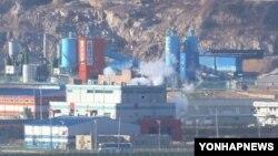 한국 측 파주 도라산 전망대에서 바라본 개성공단. (자료사진)