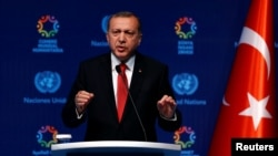 Turkish President Recep Tayyip Erdogan talks at the closing news conference during the World Humanitarian Summit in Istanbul, May 24, 2016.