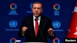 Presiden Turki, Recep Tayyip Erdogan Kamis (2/6) berjanji akan membalas tindakan parlemen Jerman yang mengakui genosida oleh pasukan Ottoman di Armenia pada Perang Dunia pertama (foto: dok).