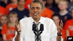 Shugaba Barack Obama yana caccakar jam'iyyar Republican da dan takararta Mitt Romney lokacin yakin neman zabe a Jihar Virginia