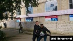 Mehsul stadionunda aksiyada İŞİD-in bayrağını tutuan şəxs həbs olunub