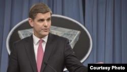 Juru bicara Departemen Pertahanan AS, Peter Cook.