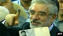 وقايع روز: اظهارات متفاوت دو نماينده مجلس در مورد شکايت عليه موسوی و چند خبر ديگر