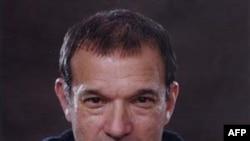 Stephen Greenblatt (hình chụp năm 2004)