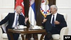 Britanski šef diplomatije i predsednik Srbije tokom susreta u Beogradu