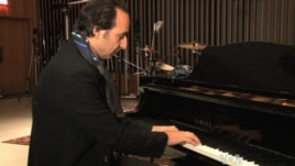 "French film composer Alexandre Desplat received the sixth Best Score nomination of his career for his work on ""Philomena."""