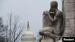 Вид на Капитолий со стороны вокзала Юнион Стейшн. Вашингтон, округ Колумбия