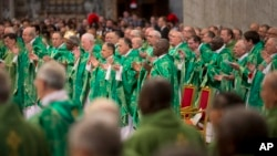 """Los representantes de la Iglesia católica defienden que """"estudios científicos fiables sugieren que la aceleración del cambio climático es el resultado de la actividad humana desenfrenada."""