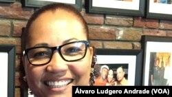 Eduardo e Amélia Gonçalves, donos do restaurante Luanda em Brockton, Massachussets, Estados Unidos