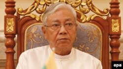 အမ်ဳိးသားဒီမုိကေရစီအဖဲြ႔ခ်ဳပ္ (NLD) ပါတီဦးေဆာင္တဲ့ အစိုးရသစ္ ရဲ႕ သမၼတဦးထင္ေက်ာ္။
