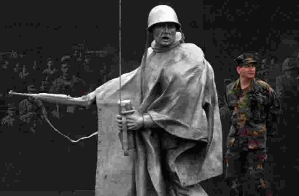 La I Guerra Mundial terminó debido al cese temporal de hostilidades, entre las naciones aliadas y Alemania, el cual entró en vigor a las 11 de la mañana, del 11 de noviembre de 1918.