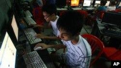 Theo Liên minh Phần mềm Doanh nghiệp có trụ sở ở Mỹ, khoảng 81% máy tính ở Việt Nam sử dụng các phần mềm bị sao chép lậu.