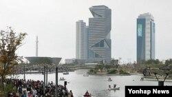 지난 20일 한국의 녹색기후기금 사무국 유치가 확정된 가운데, 사무국이 들어설 인천 송도의 아이타워.