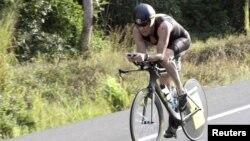 Armstrong acusa a ciclistas con menos éxito que él de orquestar una conspiración.