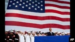奥巴马最近在某海军航空基地对官兵讲话