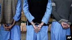 Ảnh tư liệu: Các chiến binh Taliban bị bắt giữ tại Jalalabad, phía đông thủ đô Kabul, Afghanistan.