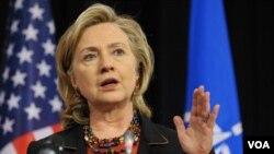 La secretaria de Estado, Hillary Clinton, se reunirá en los próximos días con el dirigente estatal chino Dai Bingguo, para hablar sobre minerales.