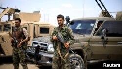 نیروهای دموکراتیک سوریه تحت حمایت ایالات متحده قرار دارند.