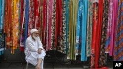 بھارت مراعات یافتہ ملک، پاکستان اِس فیصلے سے پیچھےنہیں ہٹا: پاکستانی ہائی کمشنر