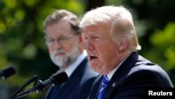 ປະທານາທິບໍດີ ດໍໂນລ ທຣຳ ກ່າວໃນລະຫວ່າງ ກອງປະຊຸມ ຖະແຫຼງຂ່າວ ຮ່ວມກັບ ນາຍົກລັດຖະມົນຕີສະເປນ ທ່ານ Mariano Rajoy ທີ່ທຳນຽບຂາວ. (26 ກັນຍາ 2017)