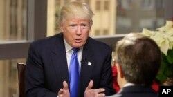 Presiden terpilih AS Donald Trump dalam wawancara dengan TV Fox News hari Minggu (11/12).