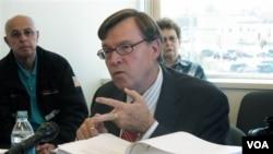 Richard McCallum, mantan pimpinan Dickinson State University (File: dok).