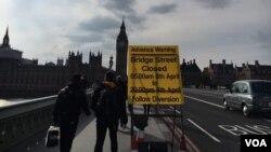 Suasana di London pasca serangan teroris dekat gedung Parlemen Inggris, 23 Maret 2017 (Foto: dok).