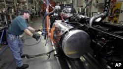 La actividad manufacturera decreció en la región del centro-este del país.